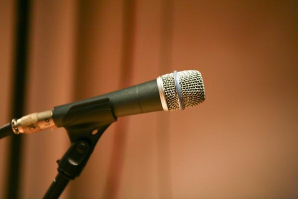プレゼンテーションにおける話し方を上達させるには