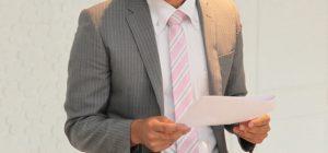 会社でのスピーチが緊張するという方へ~緊張感を和らげる5つの方法~