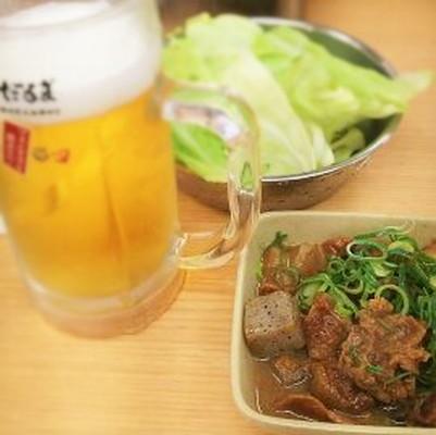 ビールと土手焼きとキャベツBeer doteyaki Cabbage