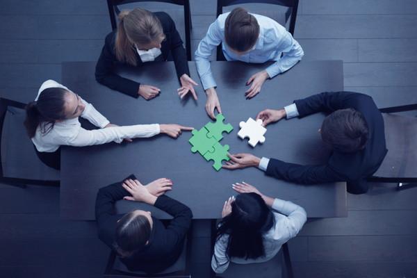 あなたの会社にも存在する⁉︎どうする社内政治への関わり方