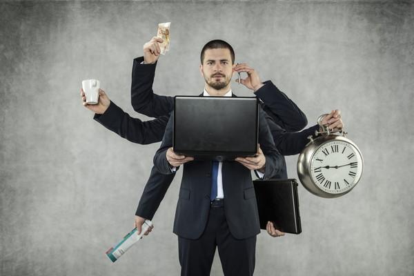 仕事が早い人だけが知っている効率が良い仕事術って?