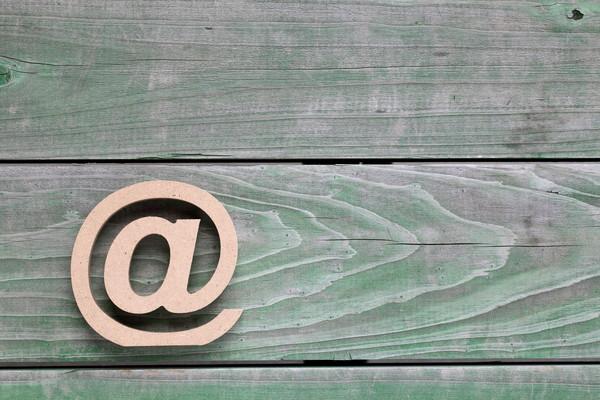 ビジネスマンのメールの意味。リスクを避ける「エビデンス」メール