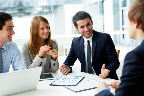 営業職の方へ~効果的なプレゼンを行うために意識したいポイント~