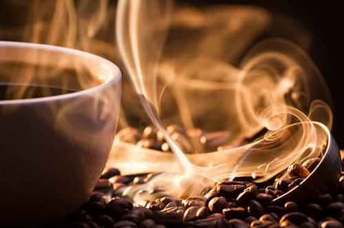 【体験レビュー】豆を挽く!淹れる!飲む!携帯もできるコーヒーメーカーを試してみた。