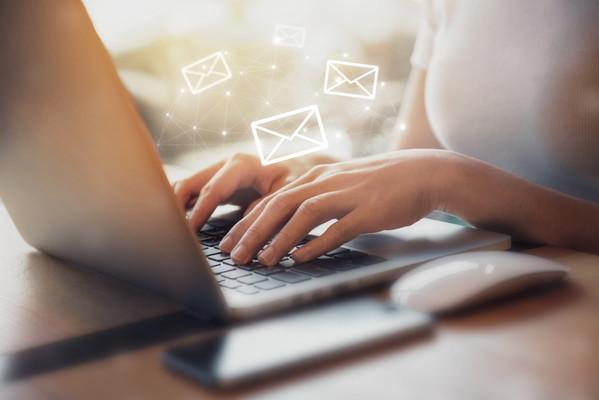 簡単!メール返信時間を短縮して作業効率アップ!