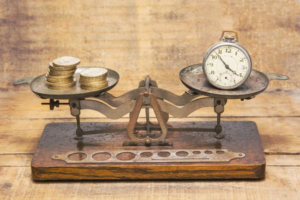 【パーキンソンの法則】仕事の生産性を高め富を築く習慣を手に入れよう
