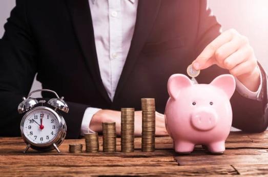 お金を貯めることができる人の習慣10選